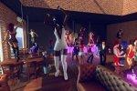 Stripperinnen fur sie in orgie party tanzen
